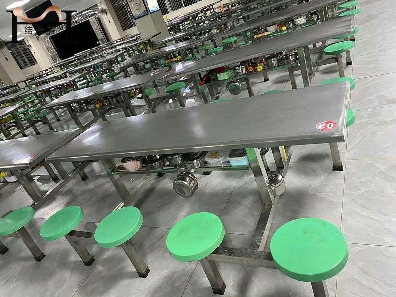 学校不锈钢餐桌尺寸